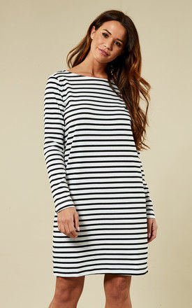 White and Black Long Sleeve O-Neck Dress by Pieces