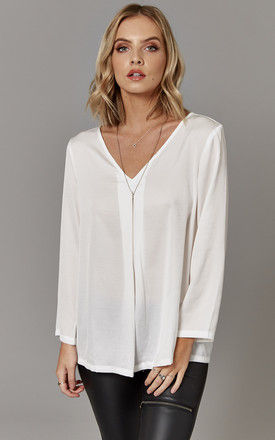 Cloud V-Neck Top by ONLY