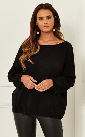Crew neck jumper with Ribbed hem in Black by Bella and Blue