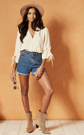 PALMA WRAP TOP WITH TIE SLEEVES IN CREAM by Band Of Gypsies