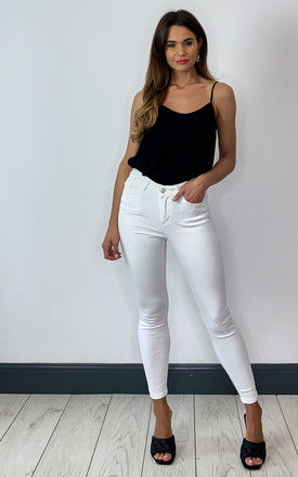 Skinny Ankle Jeans in White by Pieces