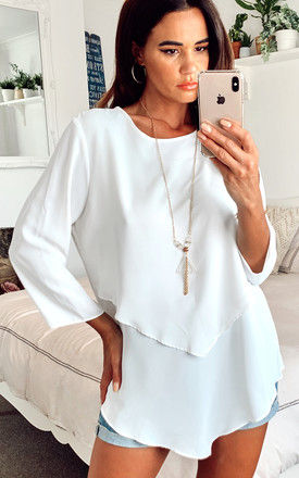 3/4 Sleeve Relaxed Layered Top with Necklace In White by HOXTON GAL