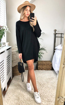 Oversize Long Sleeve Tunic in Black with Pockets by KURT MULLER