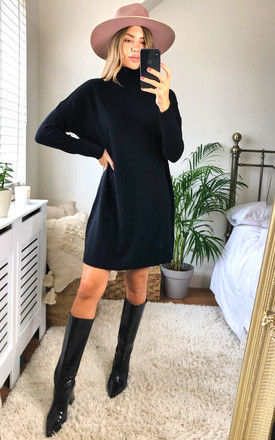 Knitted Tunic with Rollneck in Black by VILA