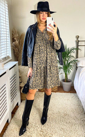 shirt dress with Smock detail in beige Leopard print by JDY