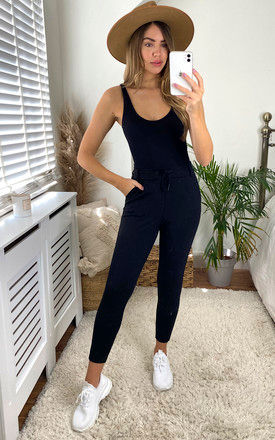 Casual Trousers in Black by Noisy May