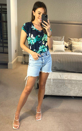 EXCLUSIVE NAVY TROPICAL PRINT SHORT SLEEVE TOP by East Village