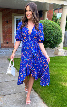 Midi Wrap Dress with Short Cuff Sleeve in Patterned Print - Blue by Bella and Blue