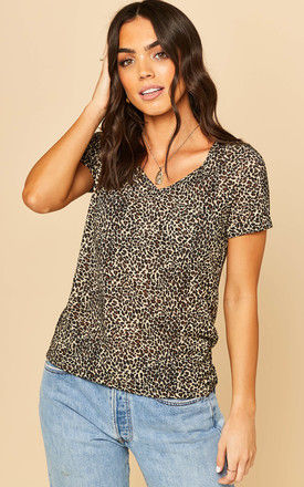 V Neck T shirt in Leopard Print by Object