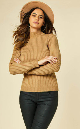 RIBBED KNITTED HIGH NECK TOP in camel by VILA