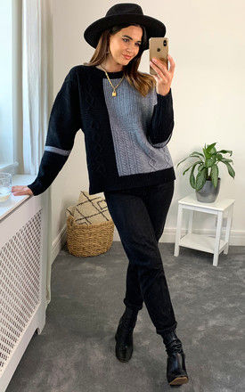 Round neck  fine wool jumper in black and grey by D.Anna