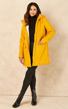Raincoat with Teddy Lining in Yellow by VM