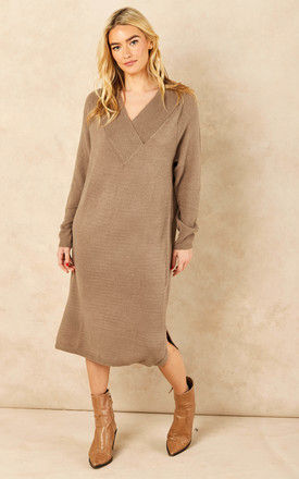 Knitted Midi Dress with V Neck in Brown by VILA