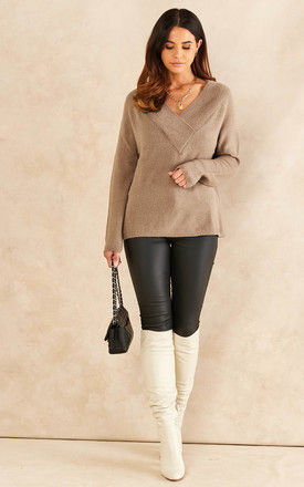 V neck long sleeve knitted top in Beige by VILA