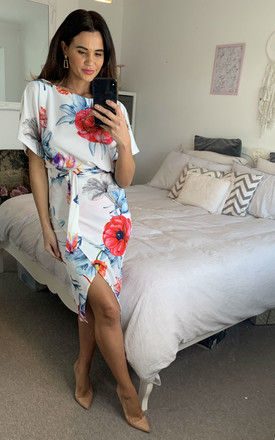 Leona Judith Batwing Wrap Dress in Ivory Floral by Missfiga